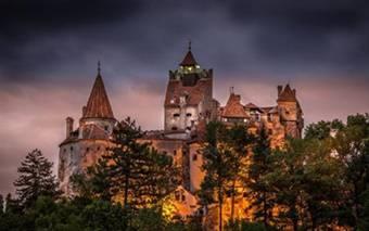 Transfer Aeroport Bucuresti Castel Dracula